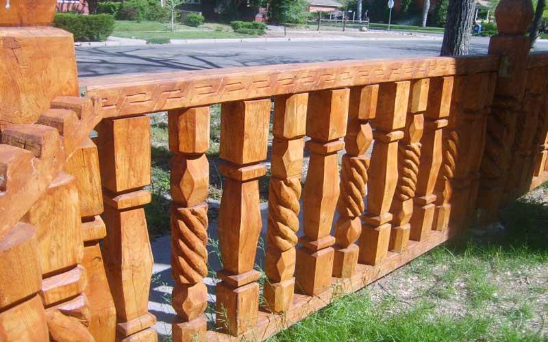 پایه نرده منبت چوبی چیست و چگونه ساخته می شود؟